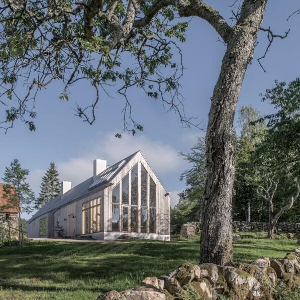 Rörbäck Forest Retreat – A unique healing hideaway