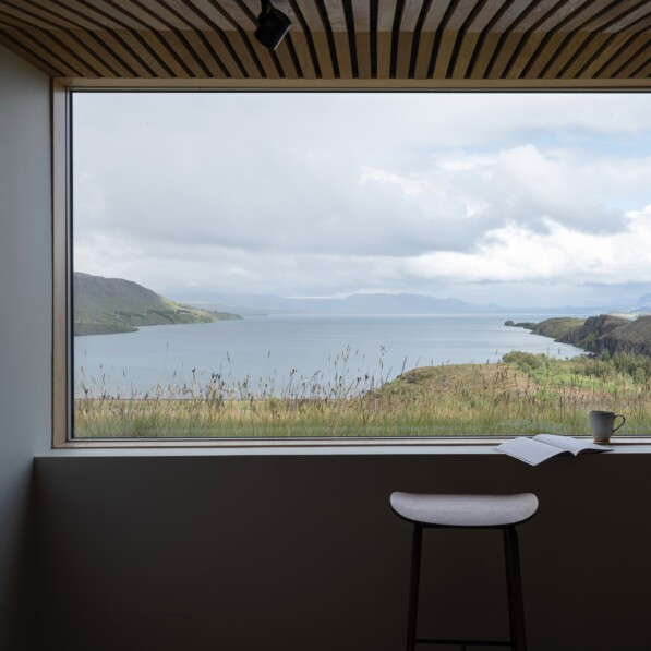 Icelandic holiday home overlooking Lake Thingvallavatn by KRADS